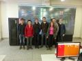 Gruppenbild vor der Simulation eines elektronischen Stellwerks an der LZJTU