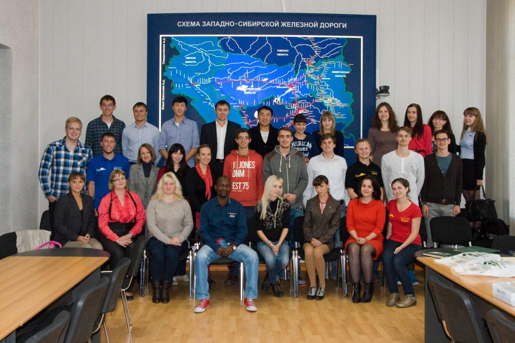 Die Teilnehmer des Deutsch-Russisches Seminar zu aktuellen Verkehrsthemen in Omsk