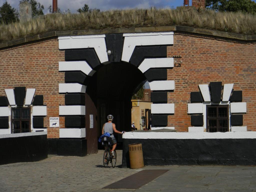 Eingangsportal des KZ Theresienstadt