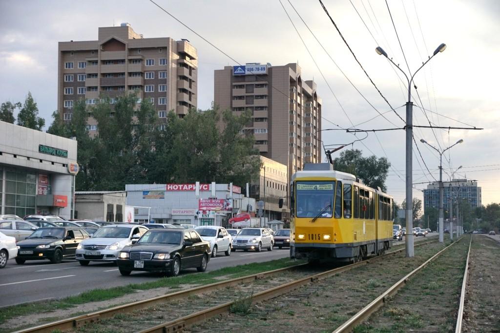 Marode Straßenbahn in den Außenbezirken
