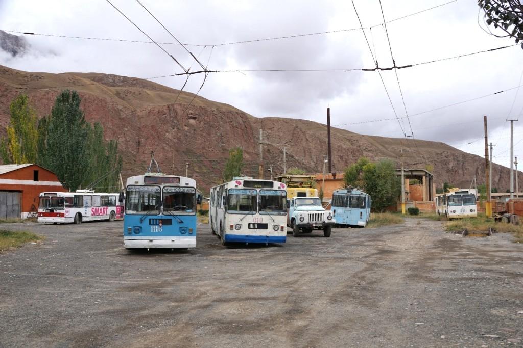 Betriebshof des kleinsten Obusbetriebs der Welt in Naryn