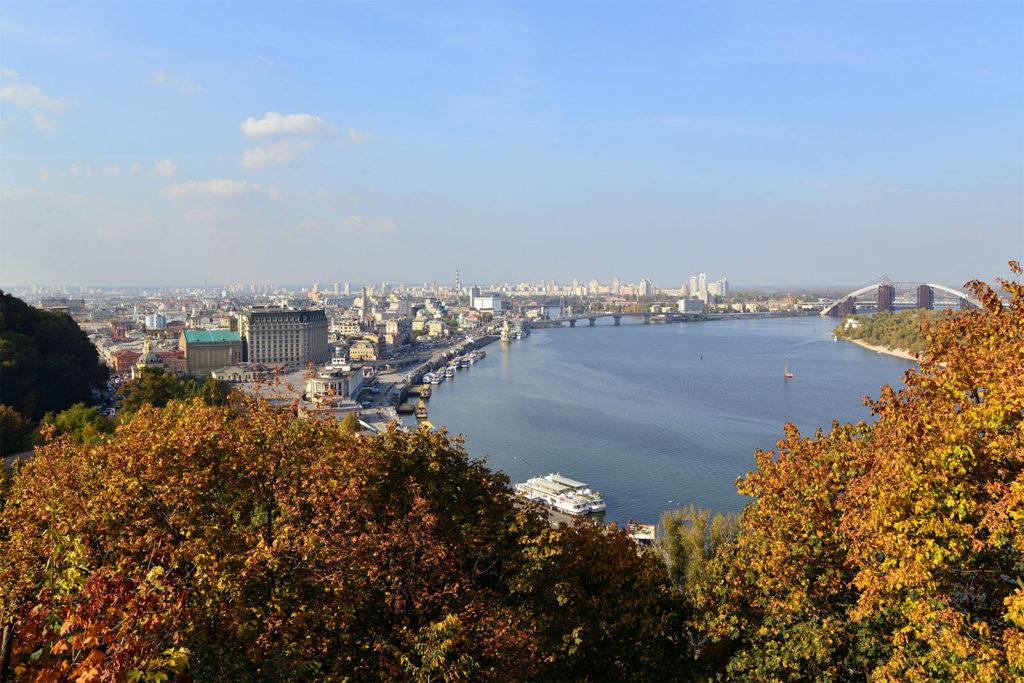 Der Dnepr in Kiew