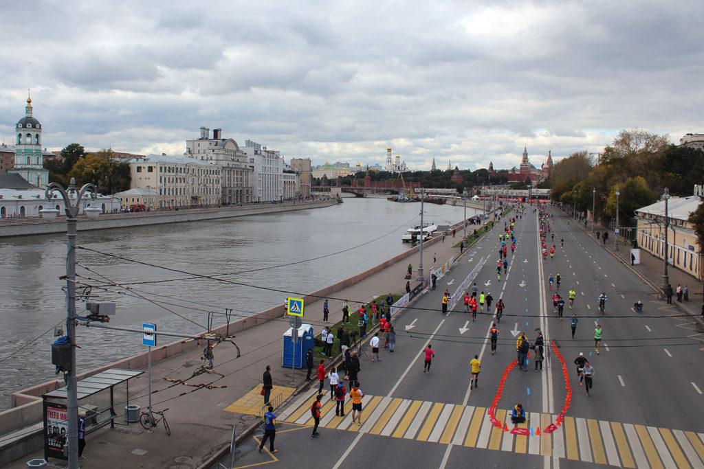 Moskau-Marathon an der Moskwa